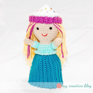 Cupcake Doll - Crochet Pattern