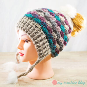 Fur Pom-Pom Messy Bun Hat
