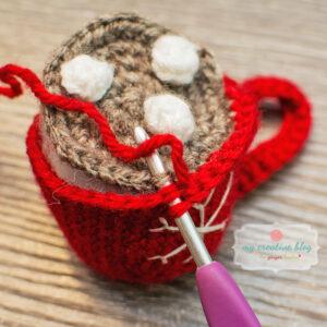 Join hot chocolate to mug.
