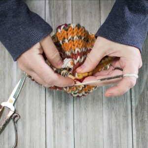 Knit CO stitch and live stitch together